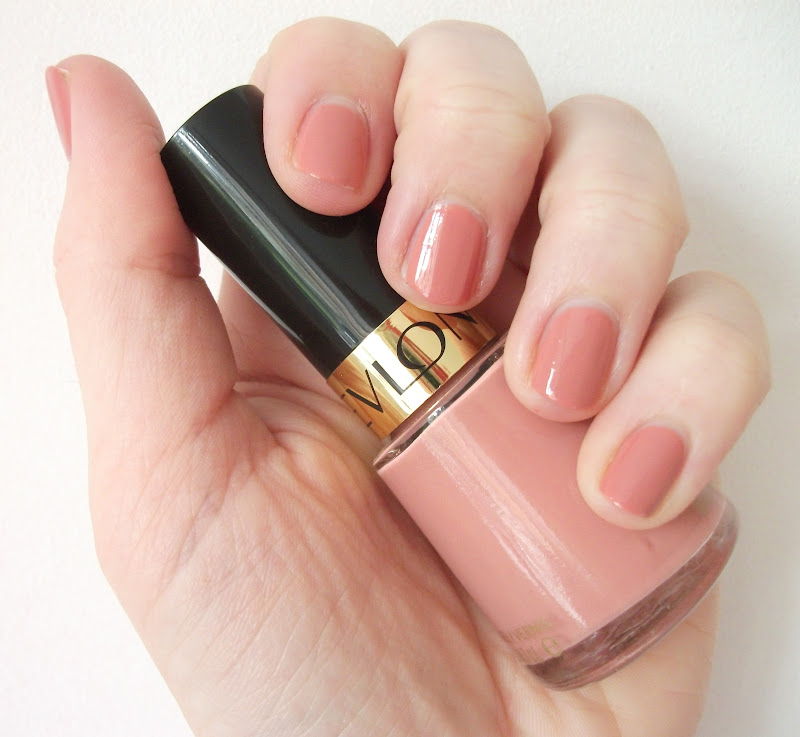 Revlon Nail Polishes: Aimee Blogs: Revlon Nail Enamel