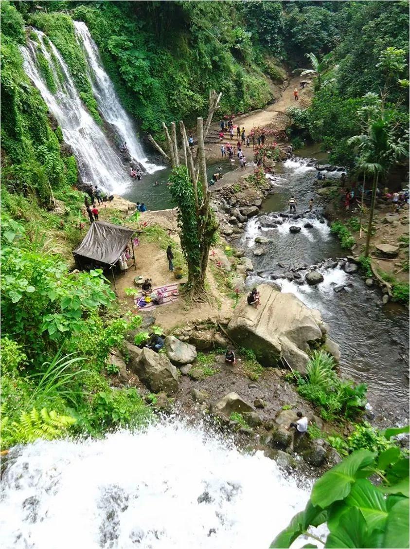 Air terjun Jagir alias air terjun Kampung Anyar, Kecamatan Glagah, Banyuwangi.
