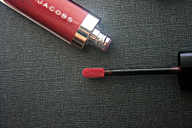Marc Jacobs Beauty Lust For Lacquer Lip Vinyl (Sheer) in Kissability Review, Photos & Swatches