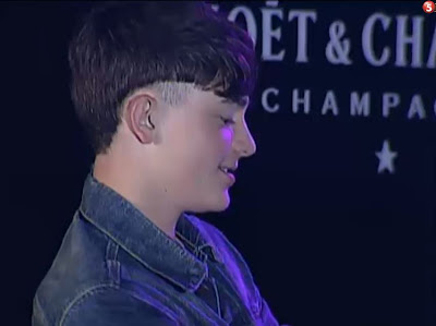 "Greyson Chance performing his new song ""Football"" in Manila"