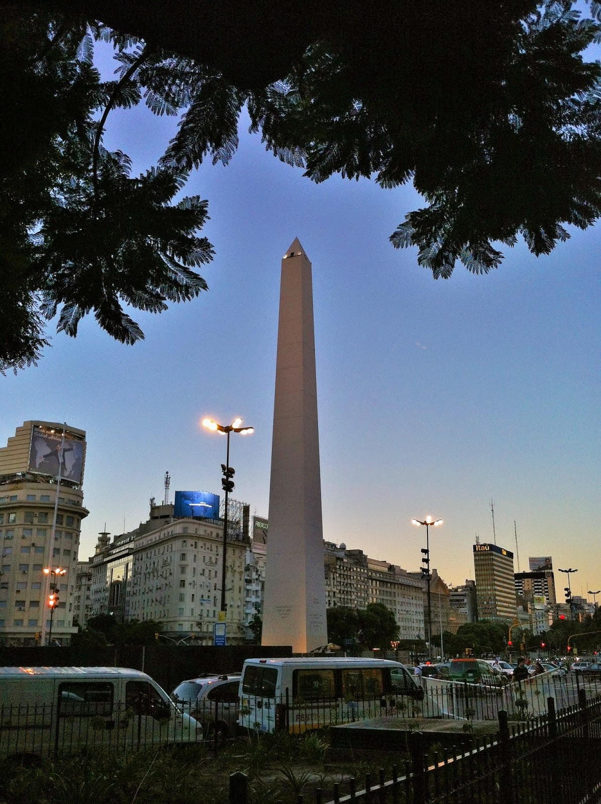 Vivendo buenos aires o que fazer visitar e experimentar for Obelisco buenos aires