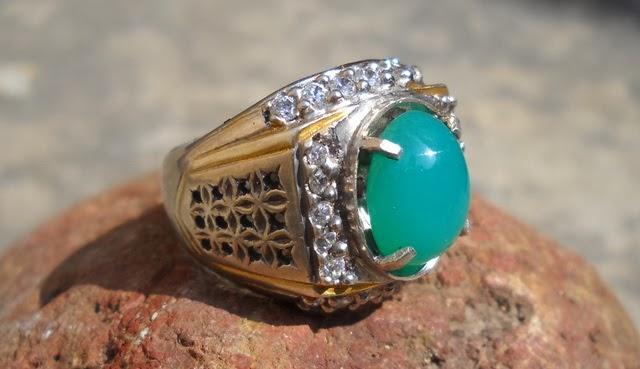 BC99- SOLD- Batu Bacan Palamea - Antik !!!