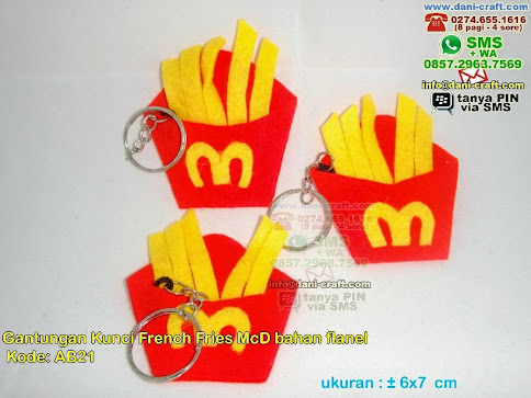 Gantungan Kunci French Fries Mcd Bahan Flanel
