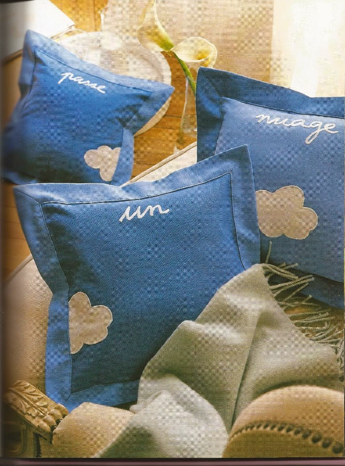Diy 100 id es de mod les de coussin fait main bettinael passion couture made in france - Coussin en forme de nuage ...