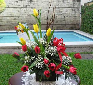 Rangkaian Bunga untuk Dekorasi Rumah