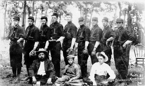 Lahoma Baseball Team, 1909
