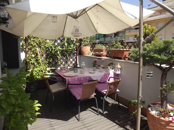 Sombrilla terraza decorar tu casa es - Sombrilla de terraza ...