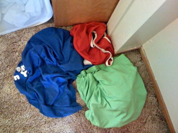 Por que as roupas sintéticas de ginástica fedem?