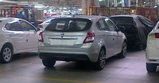 proton hatchback lima pintu