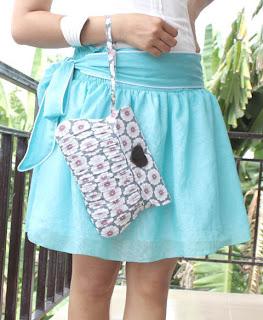 kako-nositi-torbe-sa-cvetnim-printom-002