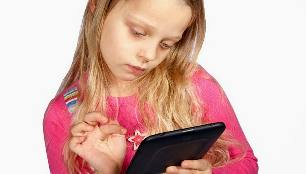 Uso excessivo de tablets afeta capacidades emocionais das crianças