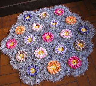 Tapete flor solzinho croche