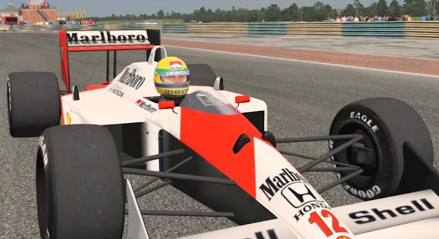 Senna en plena accion simulador