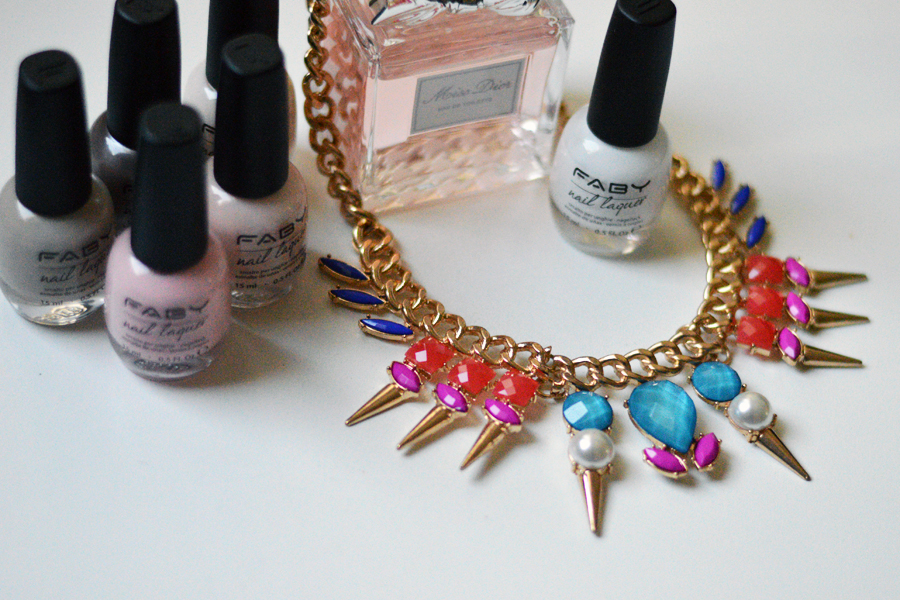 jewel be mine, jewel be mine necklace, faby nail laquer smalti, smalti faby, fashion blog, top italian fashion blogger, fashion blogger, collane gioiello, outfit collana, look con collana