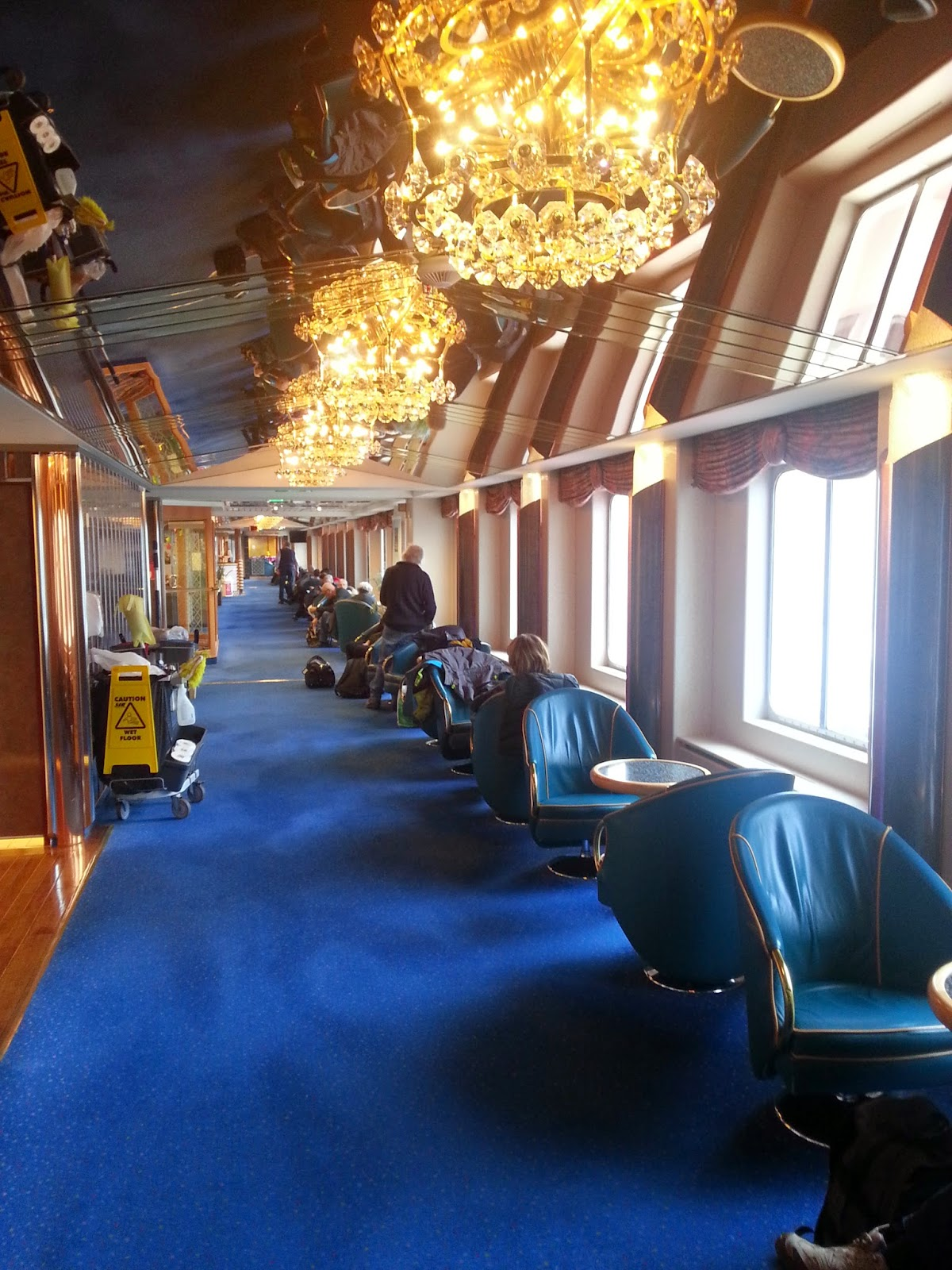 Hurtigruten MS Richard With - Arcade