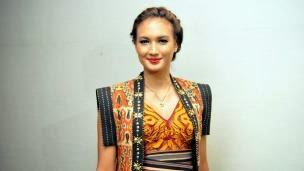 Main di Film Erau Kota Raja, Impian Nadine Chandrawinata Terbayar
