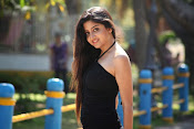 Actress Poonam Kaur latest Hot Photos at Beach-thumbnail-2