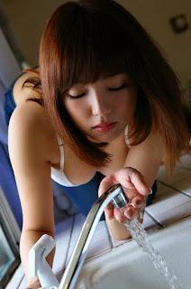 Horny and twerking - rs-shinozaki_ai_03_14-730729.jpg