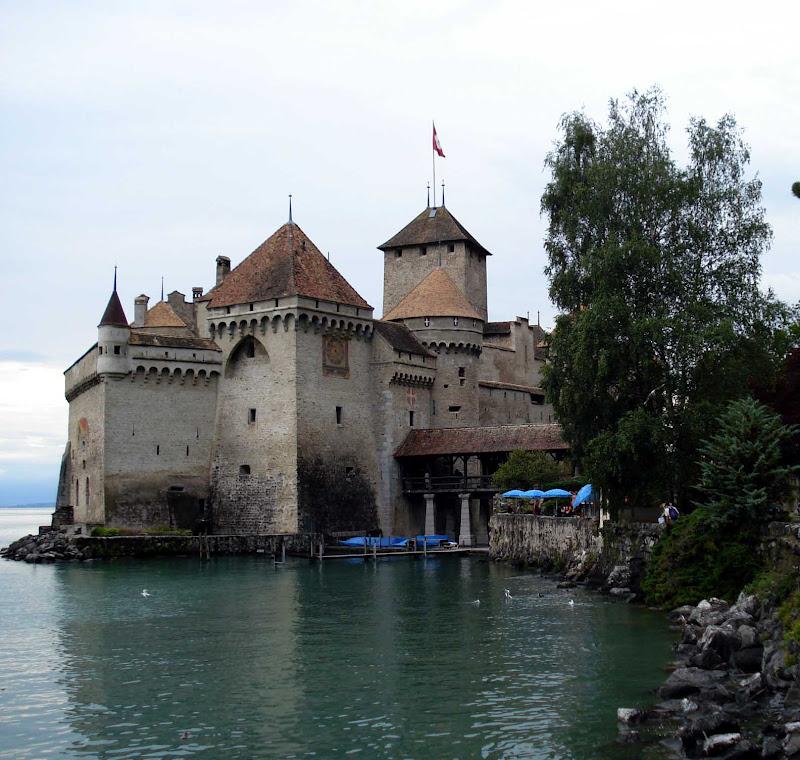 SUIZA  El castillo de Chillon   Quiero ver mundo