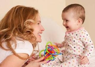 tips melatih bayi berbicara