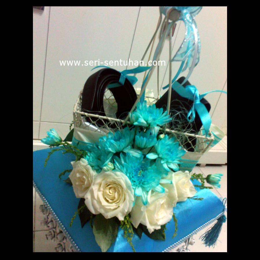 SS Gubahan Hantaran Fresh Flower Biru Turquoise Putih