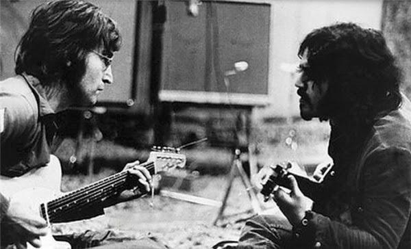 настоящая фотография Леннона и Габриэля.