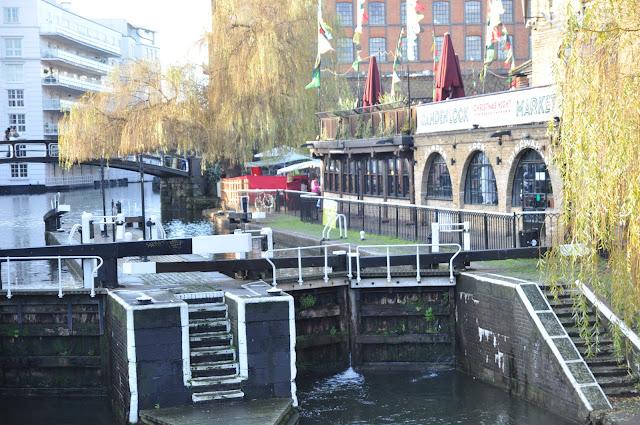 Regents Canel Camden Lock Market