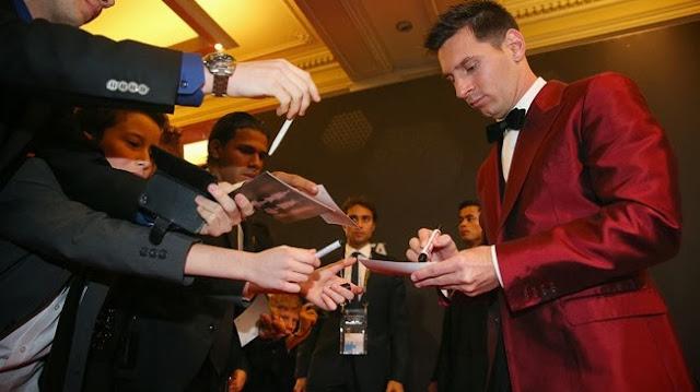 Foto: Lionel Messi Tampil Trendy di Ballon d'Or 2013