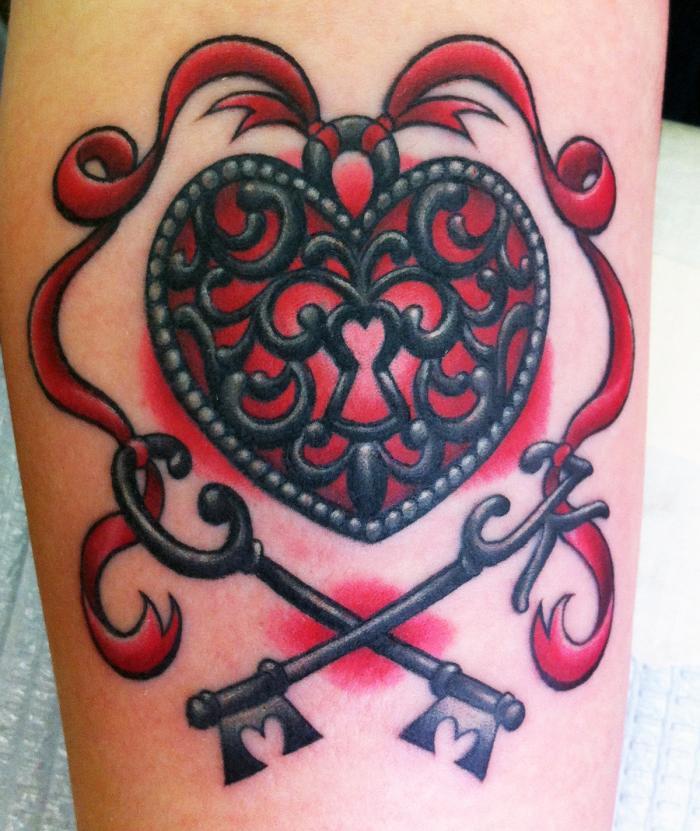 tattoo journey heart locket and key tattoos. Black Bedroom Furniture Sets. Home Design Ideas