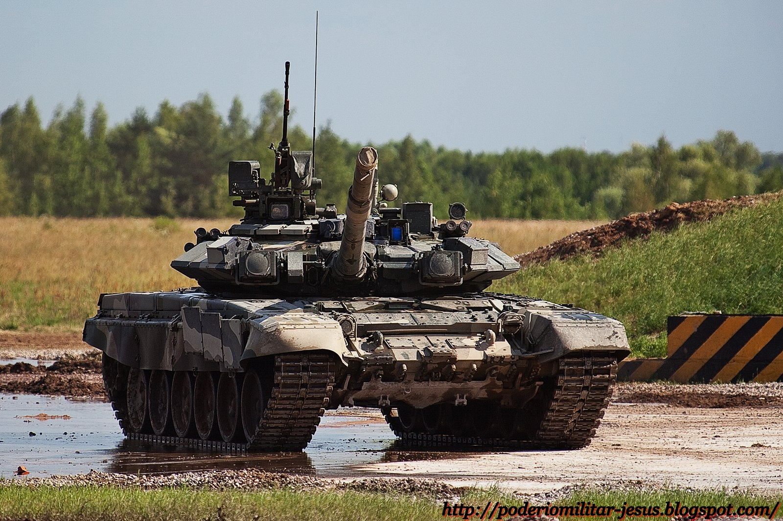 Partidos comunistas en Galiza Tanque+T-90