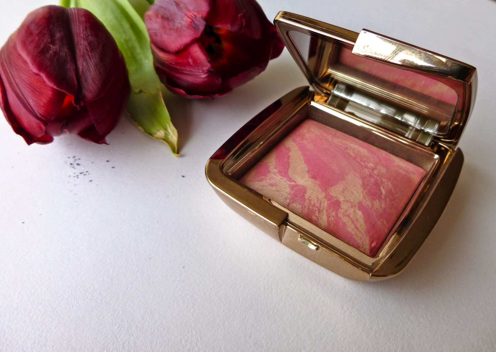 Ambient Lighting Blush in Luminous Flush