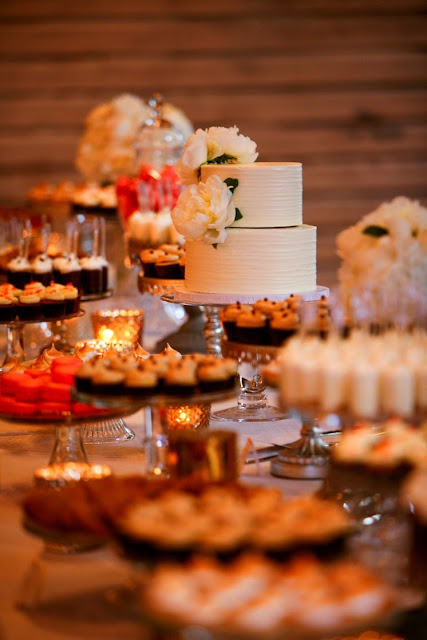 Mixed Metallic Wedding Dessert Table MN