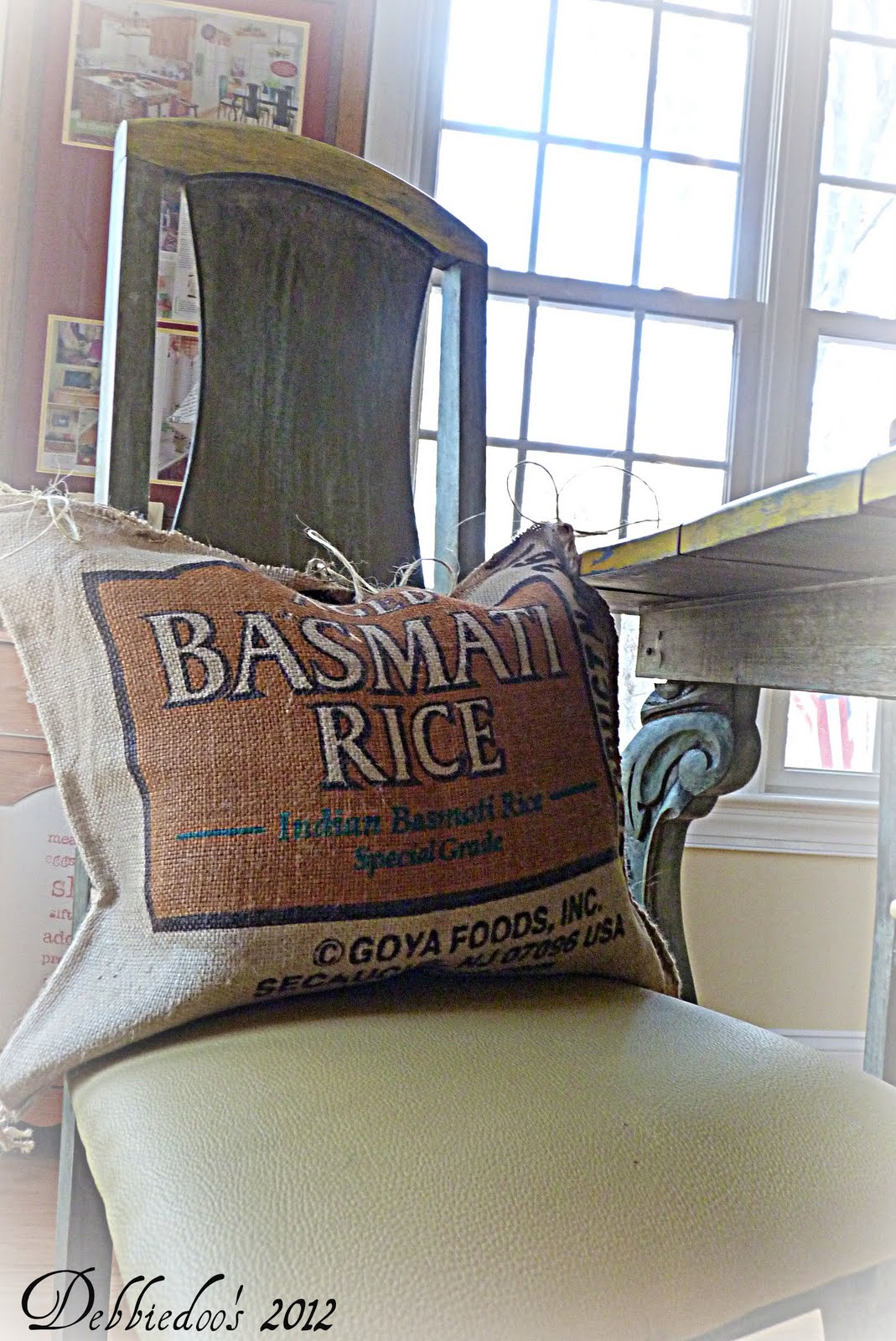 diy no sew burlap pillow grain sacks debbiedoo 39 s. Black Bedroom Furniture Sets. Home Design Ideas