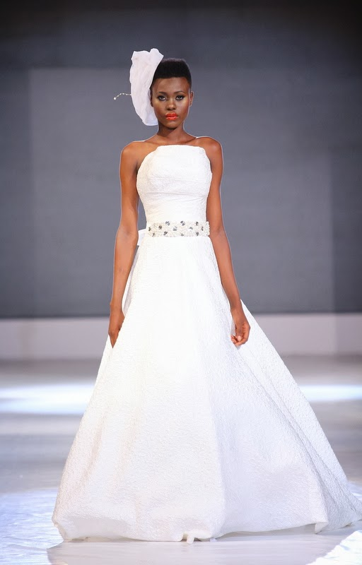 white dress nigerian fashion