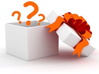 http://pocketfulofsweetness.blogspot.com/2015/07/wishlist-2-une-ptite-box.html