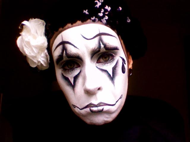 www.LetzMakeupBlog.com: Halloween '11; Pierrot (Sad clown/mime makeup)