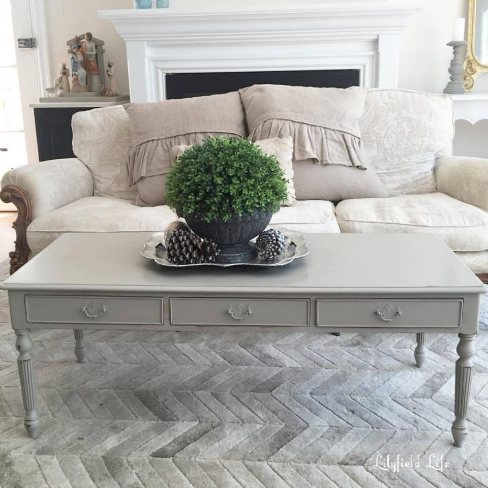 Lilyfield life taupe coffee table - Table basse taupe laque ...
