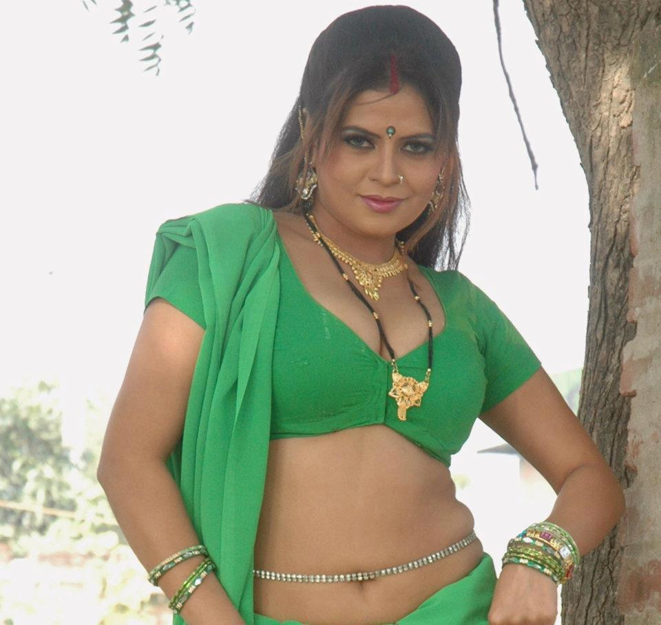 bhojpuri actress sapna - photo #11