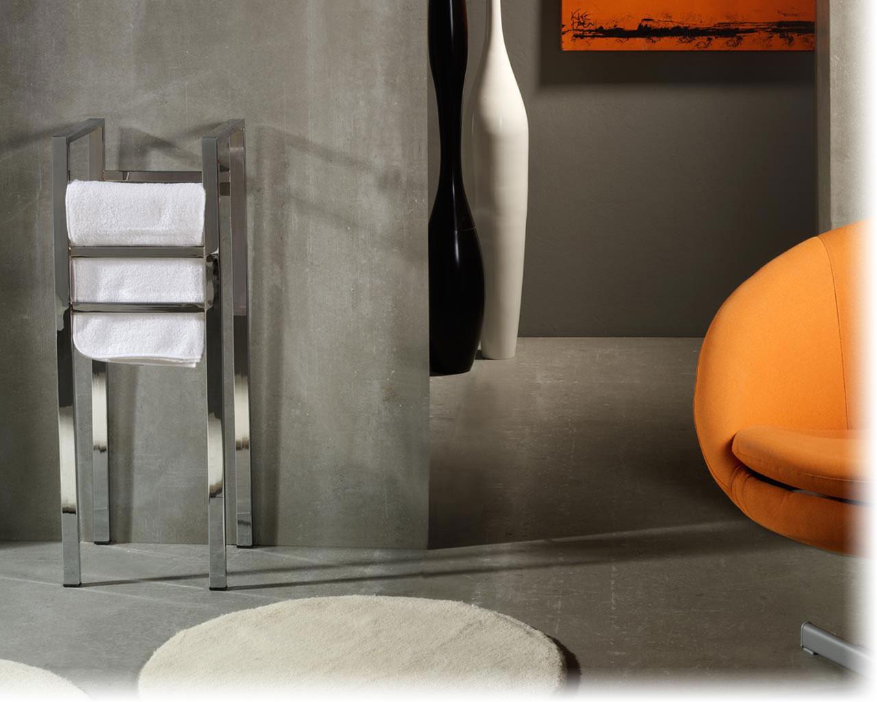 Home insight complementos para ba os toalleros el ctricos - Toalleros de pie para bano ...