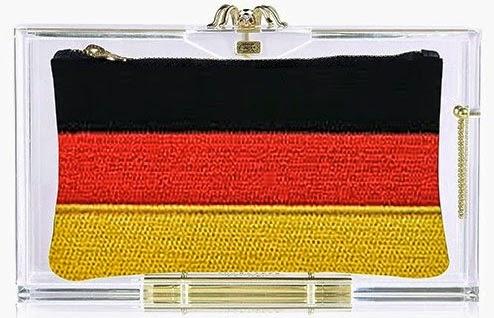 Charlotte Olympia clutch acrílico Pandora para o Mundial bandeira Alemanha