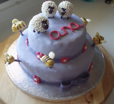 tarta_decorada_fondant_cakepops