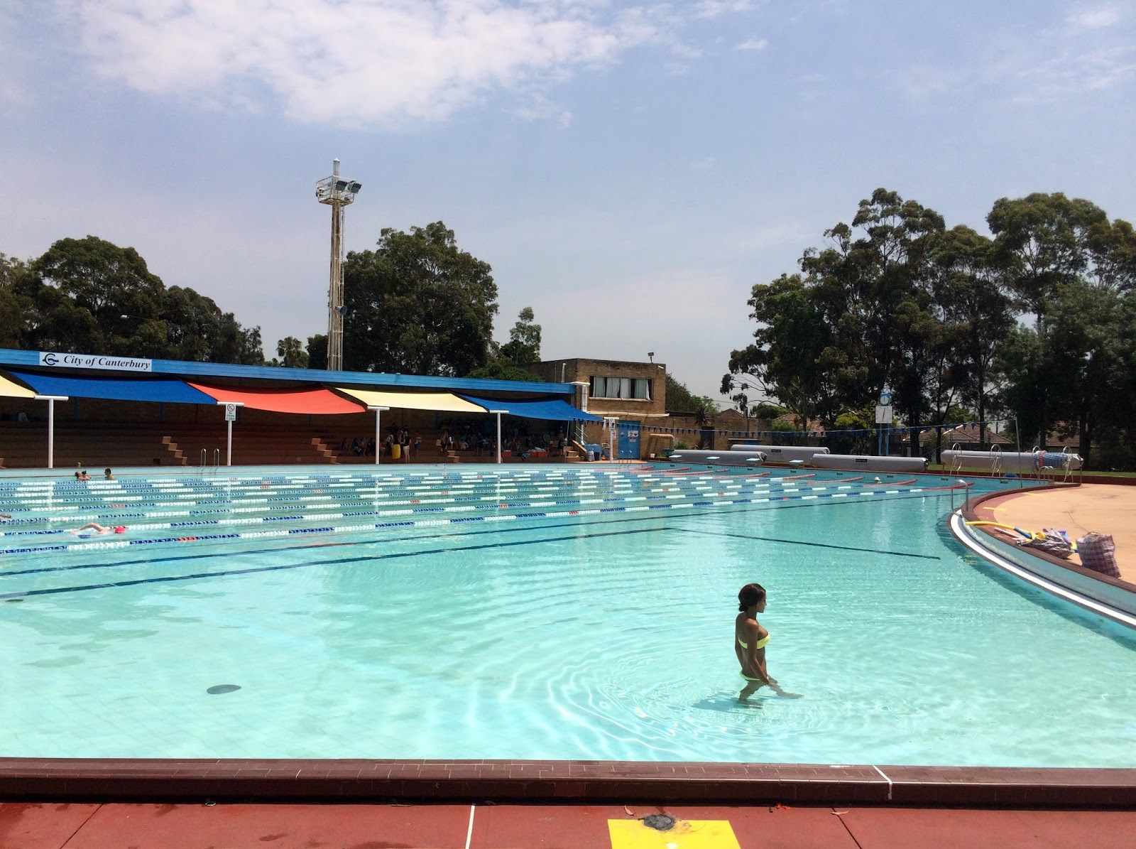 Sydney daily photo november 2015 for North sydney pool swimming lessons