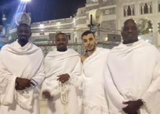 Foto Pesepakbola Muslim umrah bersama akhir tahun (Twitter)
