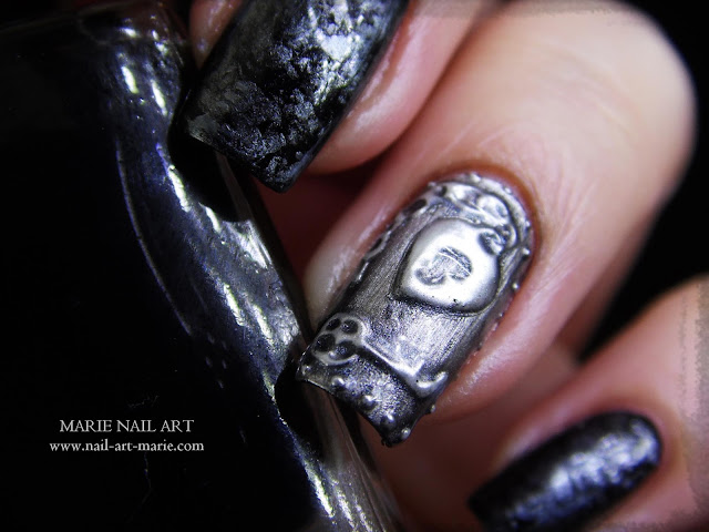 Nail Art effet Métal Ancien en 3D3