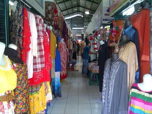 Tips Jitu Berbelanja Baju Lebaran