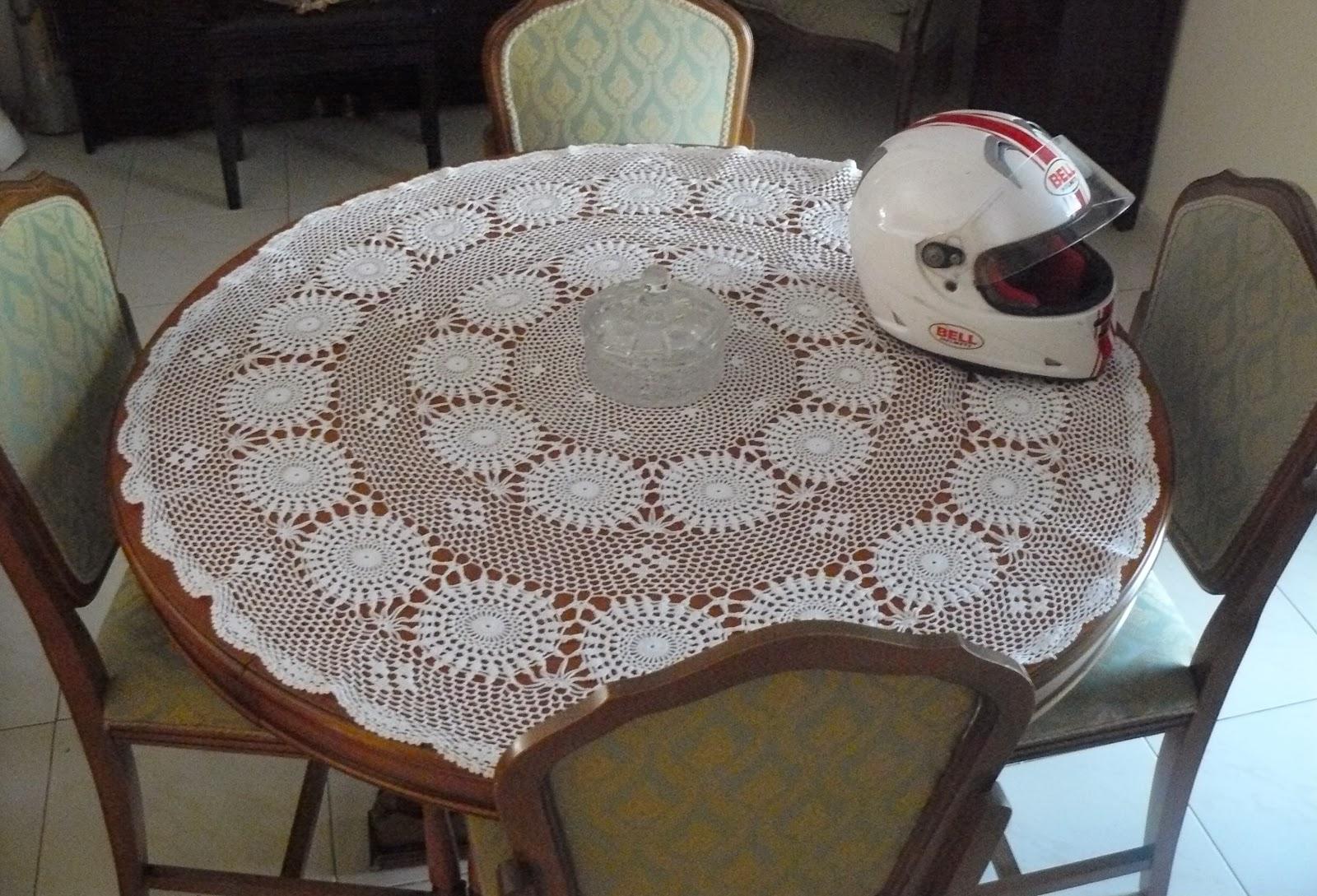 Emerenziana creazioni centro tavolo uncinetto - Centro tavolo all uncinetto ...