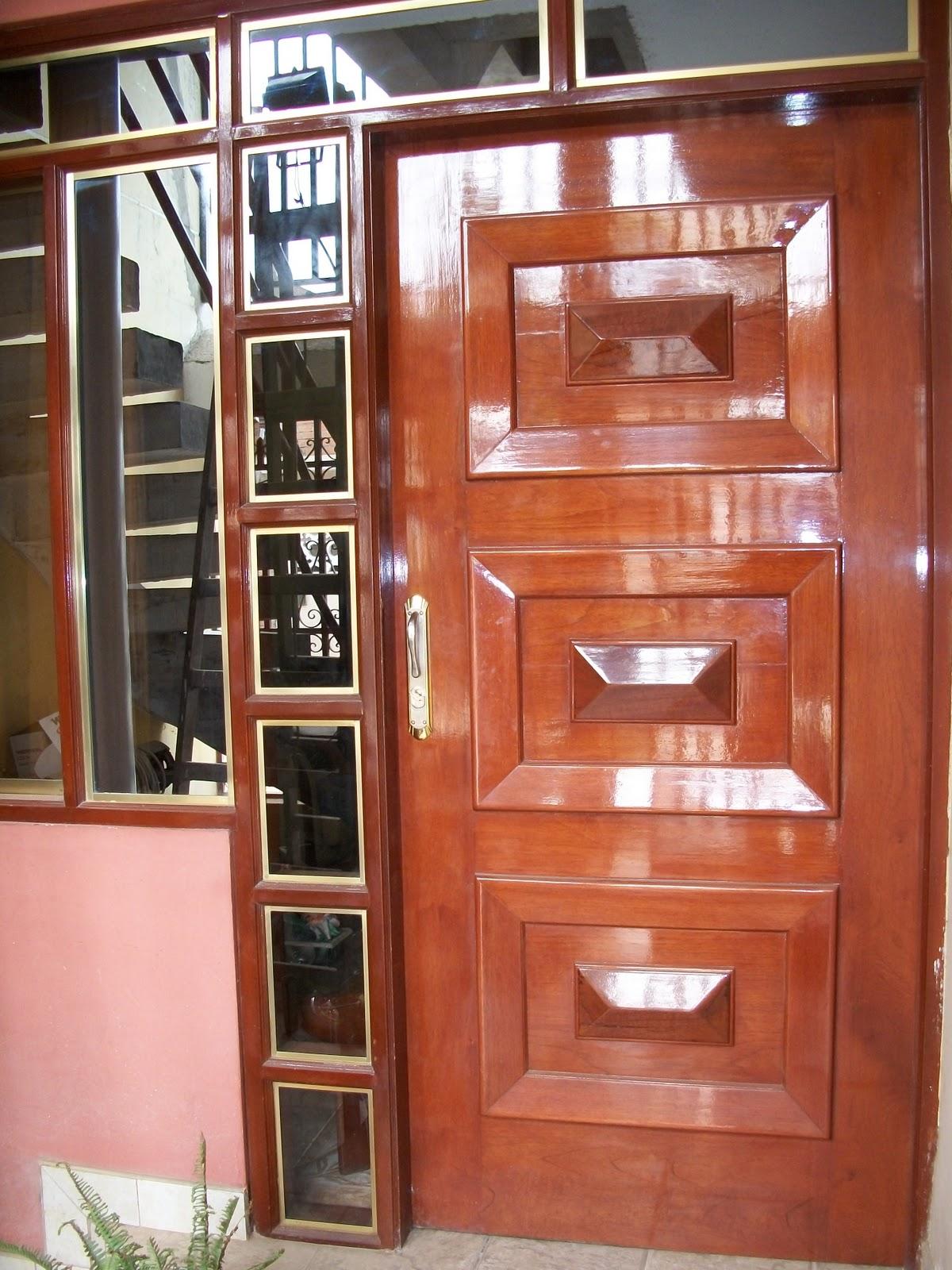 Carpinteria ebanisteria la luz puertas principales en for Puertas de madera principales precios