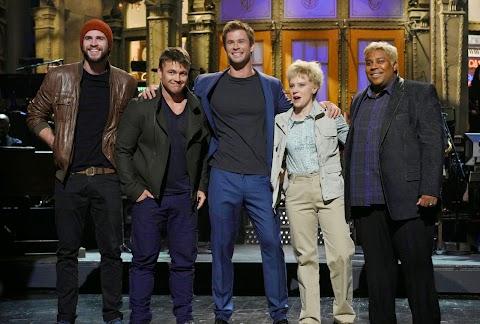 """""""Liam Hemsworth"""" sorprendió a su hermano Chris en Saturday Night Live, este sábado!!"""