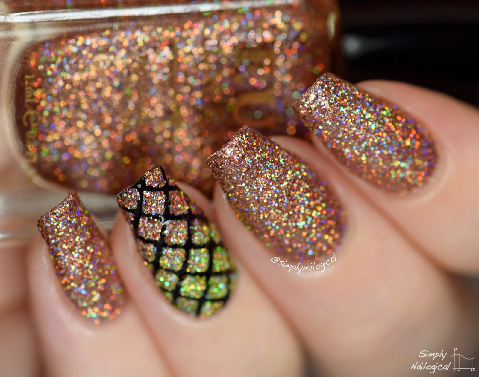 FUN Lacquer Christmas 2014 collection - Royal Chapel swatch