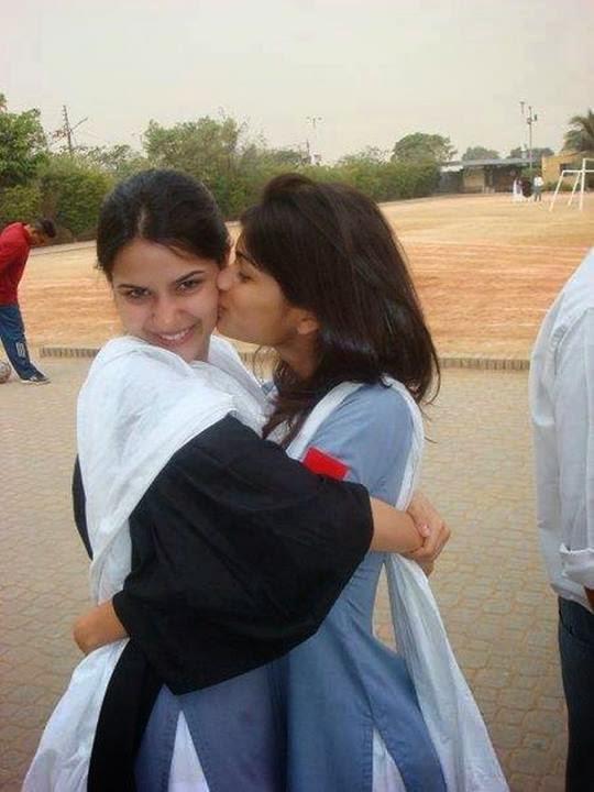 Kissing Pic Of Pakistani Girls, Download Free Kissing Desi Girls